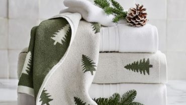 How to add some Festive Cheer to your bathroom
